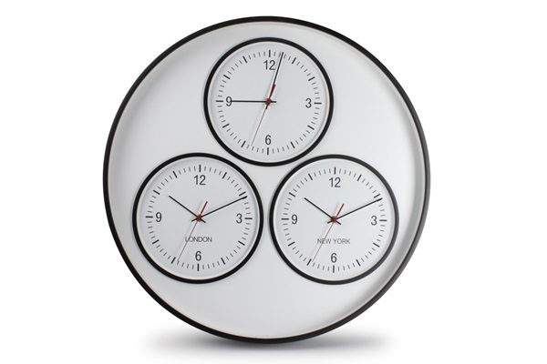 salt and pepper      CLOCK 60CM WHITE/BLACK DAKAR ZONE