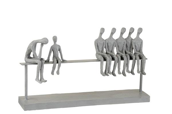 J-line personen op bank